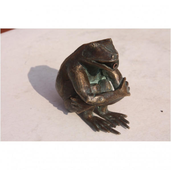 wasserspeier frosch faul aus bronze