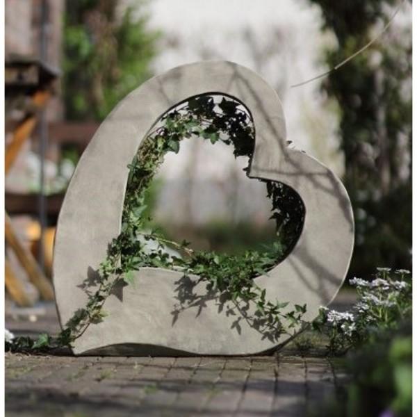 gro es herz zum bepflanzen frostfest. Black Bedroom Furniture Sets. Home Design Ideas