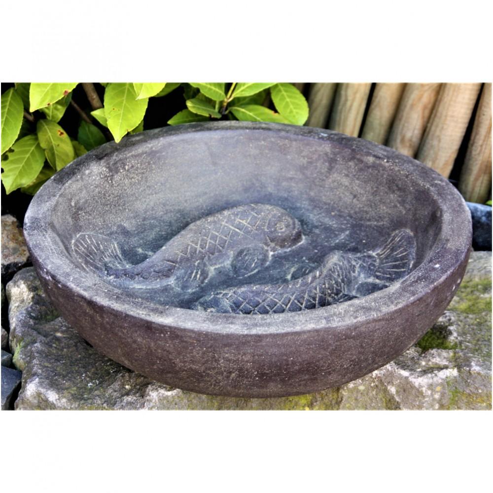 Vogeltränke mit Fische, Figur aus Steinguss