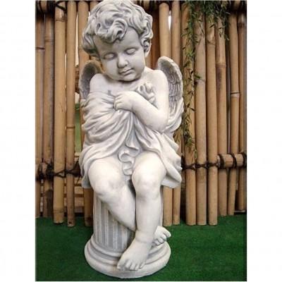 Engel auf Säule