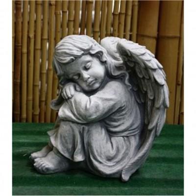 Engel, sitzend
