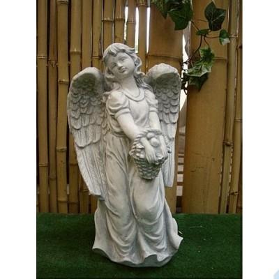Engel stehend