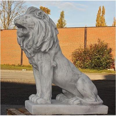 Löwe, links blickend