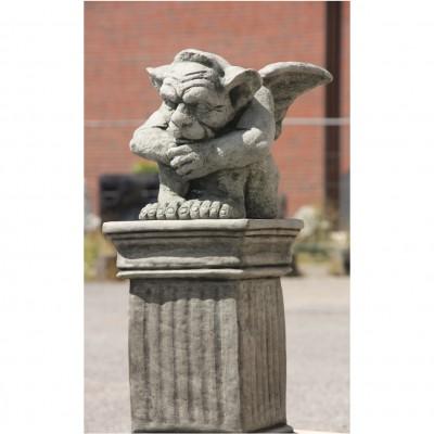 Gargoyle mit Säule