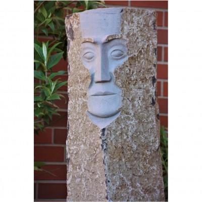 Gesicht Basaltstein