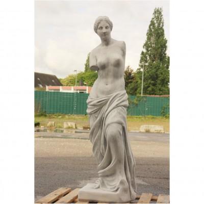 Bei uns finden sie schöne Gartenfiguren aus Steinguss, Bronze und ...
